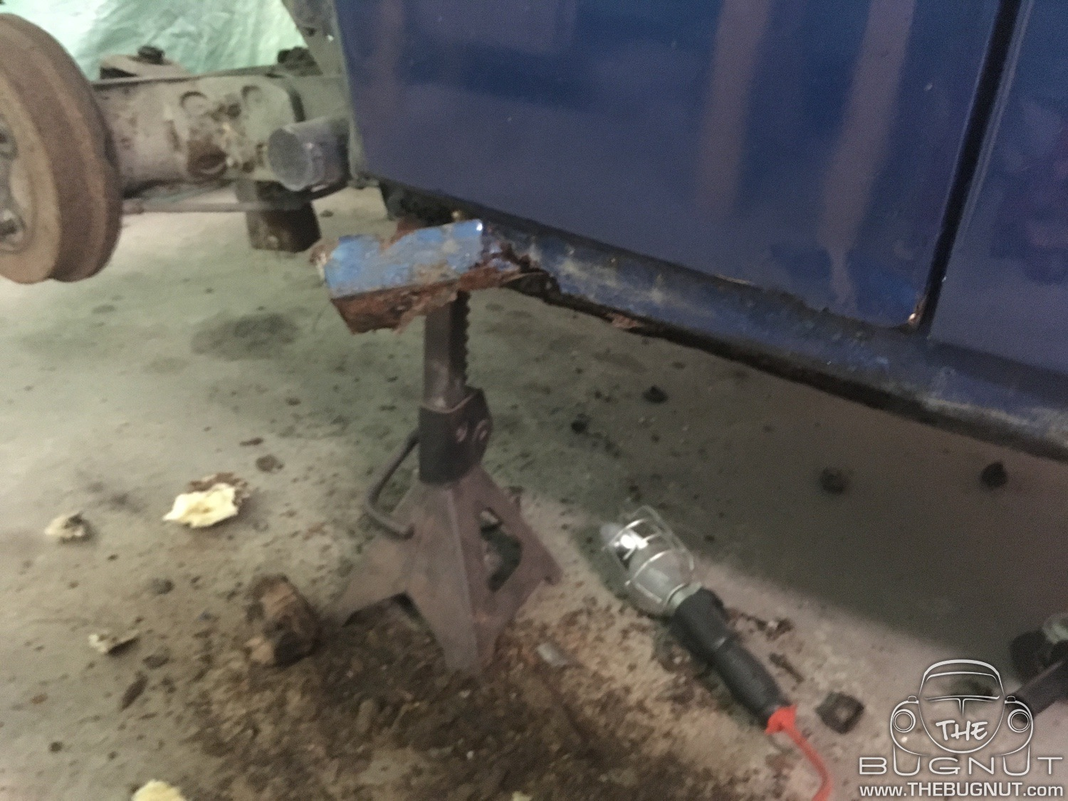 VW Beetle Rear Quarter Panel Repair